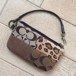 Coach wallet ❤️🎁💕🌺